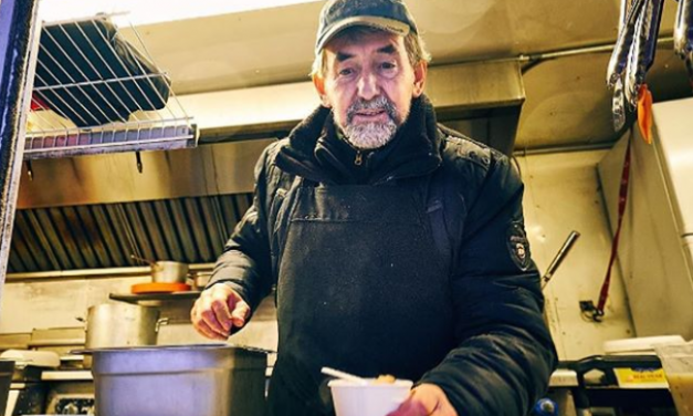 Under full sail! How a food truck withstands the Ottawa winter